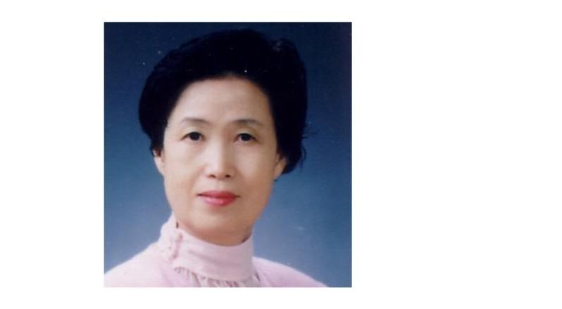 이영지 시인·문학평론가